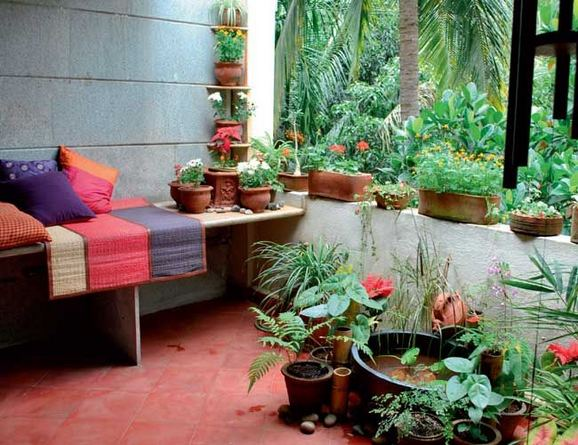 22 Beautiful Small Backyard Gardening Ideas With Indian Style 17