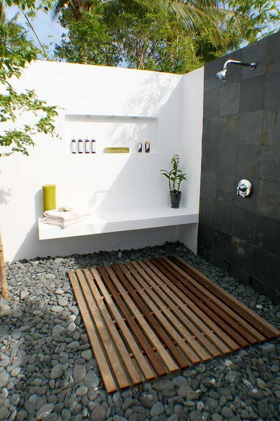 14 Gorgeous Modern Outdoor Shower Ideas For Best Inspiration 29