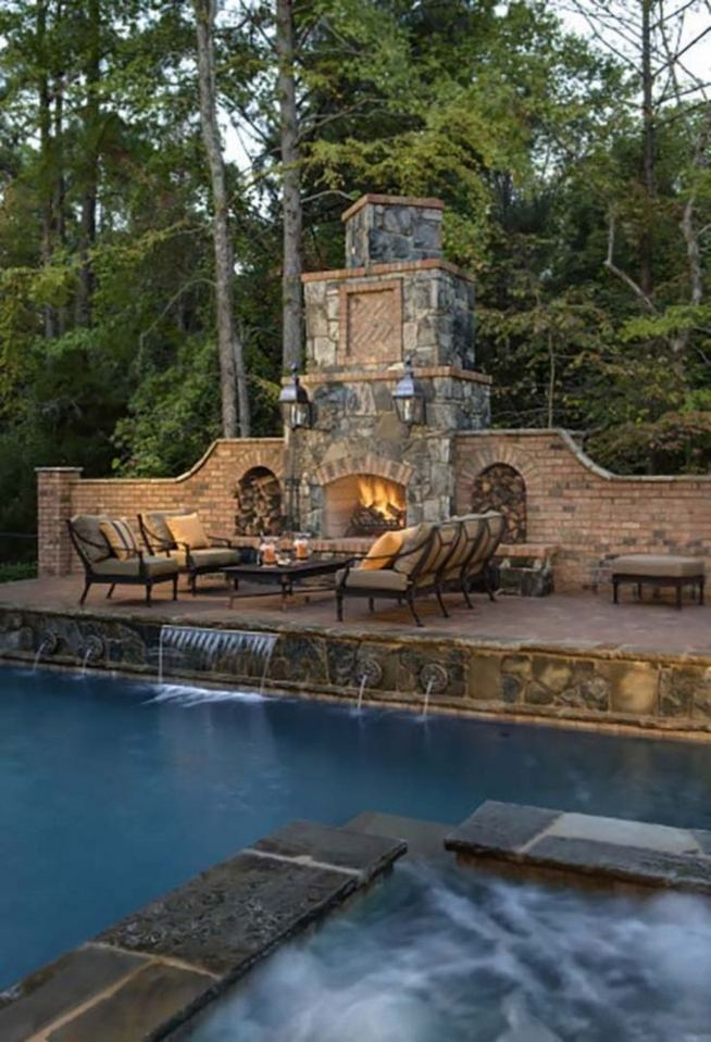15 Amazing Outdoor Fireplace Design Ever 13