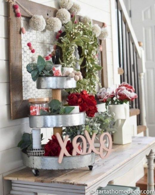 17 Inspiring Rustic Valentines Decor Ideas On A Budget 24