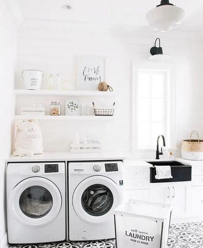 17 Top Cozy Small Laundry Room Design Ideas 22