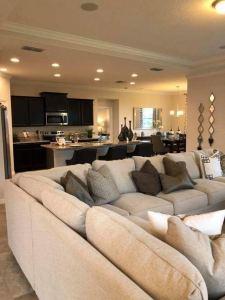 17 Top Marvelous Living Room Decor Design Ideas 08