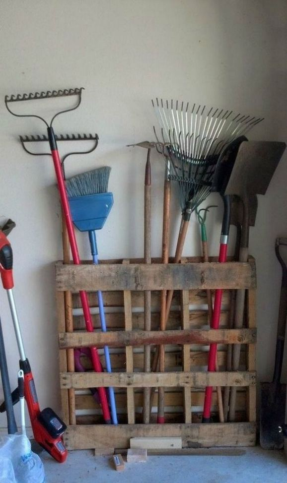 24 Totally Brilliant Garage Organizations Ideas 22
