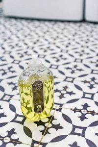 12 Beautiful Laundry Room Tile Pattern Design Ideas 07