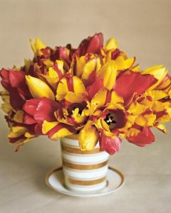 12 Easy And Refreshing Spring Flower Arrangements Ideas 06