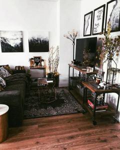 12 Inspiring Studio Apartment Decor Ideas 28