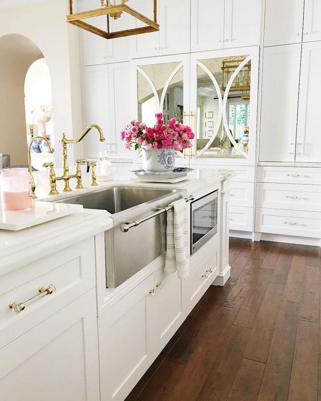 12 Stylish Luxury White Kitchen Design Ideas 31