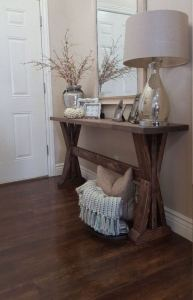 13 Amazing Farmhouse Entryway Decoration Ideas 28