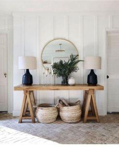 13 Amazing Farmhouse Entryway Decoration Ideas 30