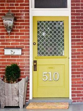 13 Fantastic Yellow Brick Home Decor Ideas For Front Door 13