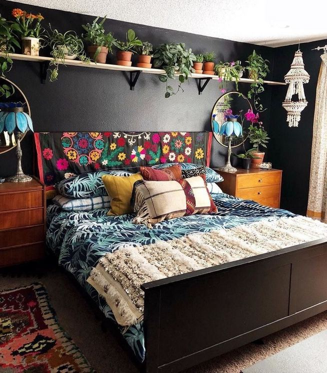 14 Brilliant Bohemian Bedroom Design Ideas 37