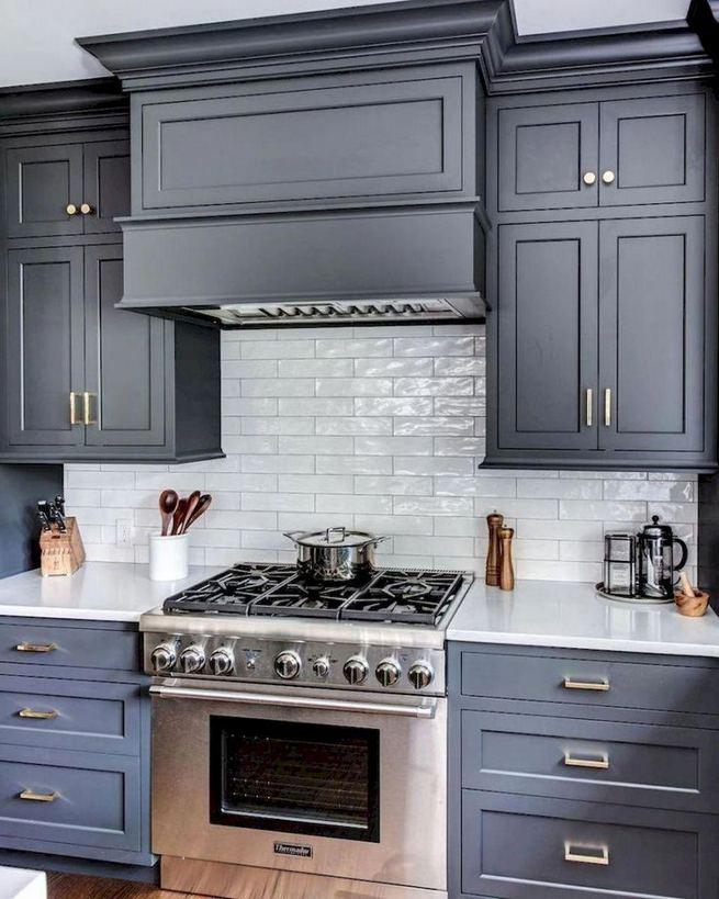 15 Incredible Farmhouse Gray Kitchen Cabinet Design Ideas 03