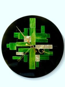 16 Cute Creative DIY Wall Clock Ideas For Kids Room 14