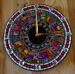 16 Cute Creative DIY Wall Clock Ideas For Kids Room 20