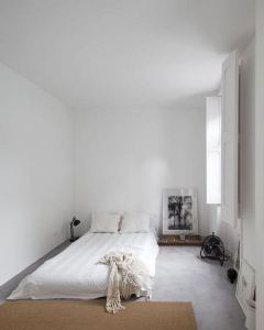 16 Minimalist Master Bedroom Decoration Ideas 09