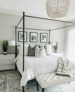 16 Minimalist Master Bedroom Decoration Ideas 14