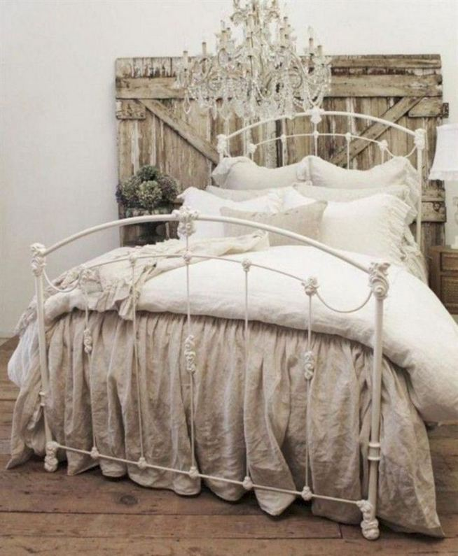 18 Romantic Shabby Chic Master Bedroom Ideas 15