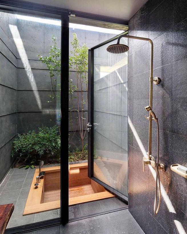 19 Inspiring Outdoor Shower Design Ideas 02