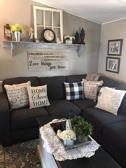 21 Warm And Cozy Farmhouse Style Living Room Decor Ideas 24