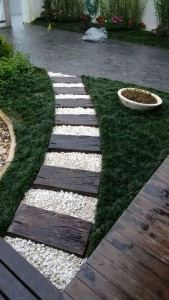 12 Best Ideas For Front Yard Rock Garden 03
