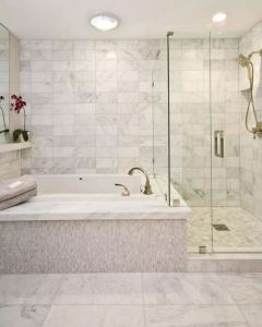 14 Beautiful Master Bathroom Remodel Ideas 33