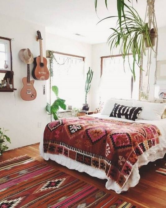 19 Creative DIY Bohemian Bedroom Decor Ideas 21