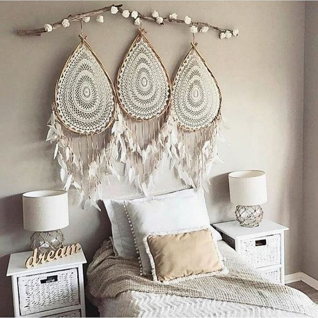19 Creative DIY Bohemian Bedroom Decor Ideas 40