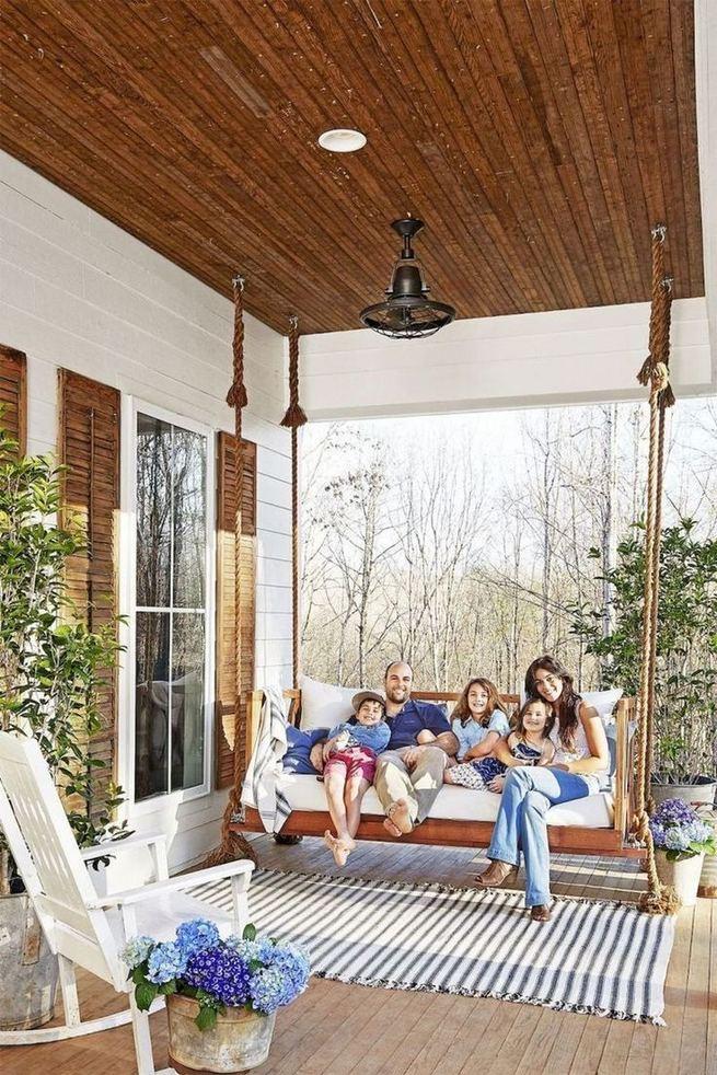 21 Stunning Farmhouse Front Porch Decor Ideas 08