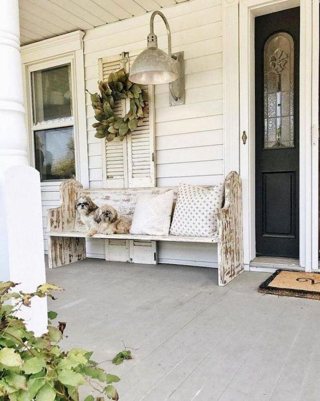 21 Stunning Farmhouse Front Porch Decor Ideas 17