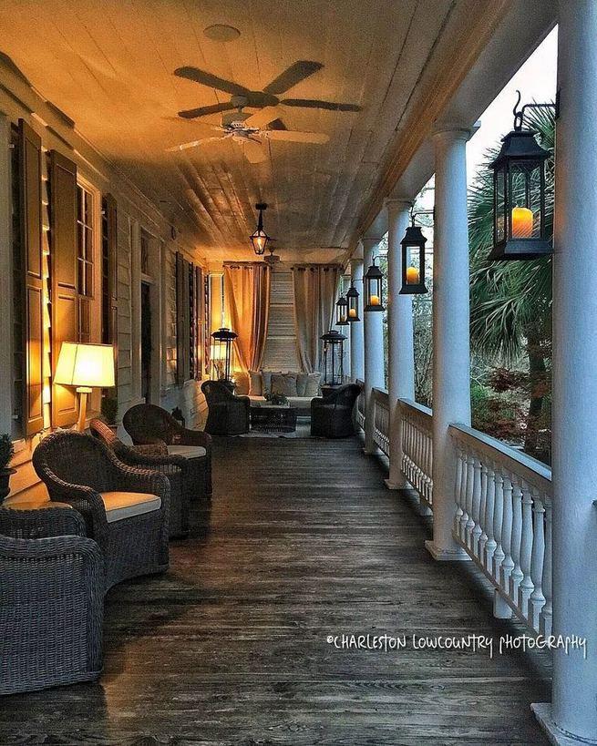 21 Stunning Farmhouse Front Porch Decor Ideas 22