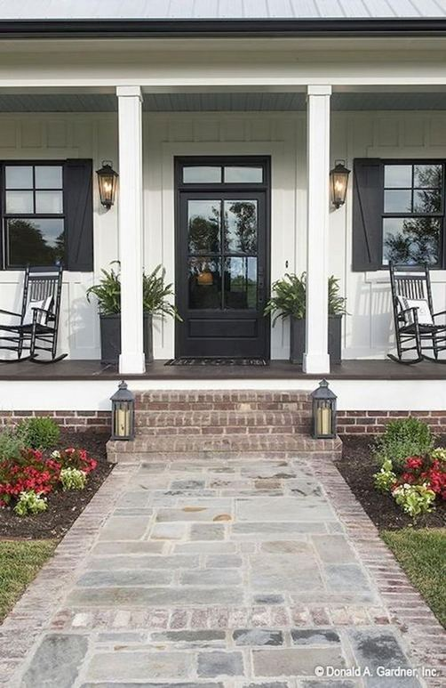 21 Stunning Farmhouse Front Porch Decor Ideas 28