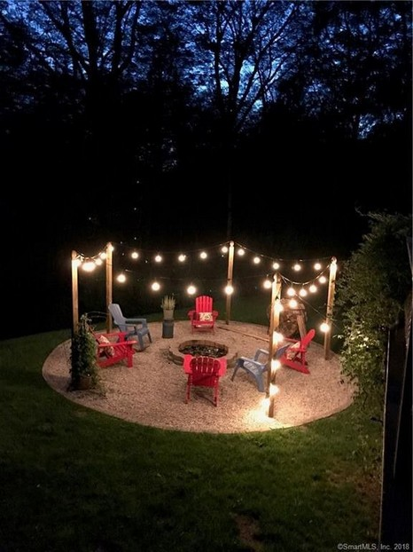 16 Awesome Winter Patio Decorating Ideas With Fire Pit 06