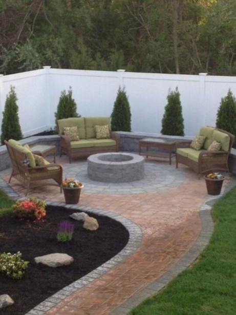 16 Awesome Winter Patio Decorating Ideas With Fire Pit 17