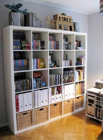 17 Bookshelf Organization Ideas – How To Organize Your Bookshelf 11