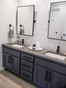 17 Great Bathroom Mirror Ideas 08