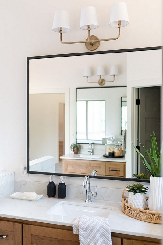 17 Great Bathroom Mirror Ideas 14