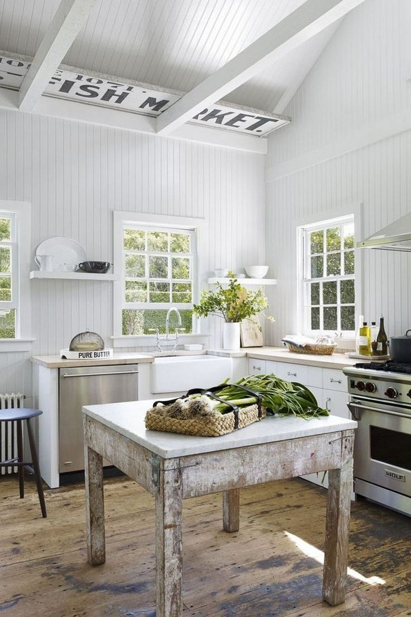 19 Rural Kitchen Ideas For Small Kitchens Look Luxurious 01