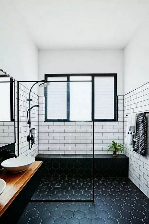 17 Awesome Small Bathroom Tile Ideas 07