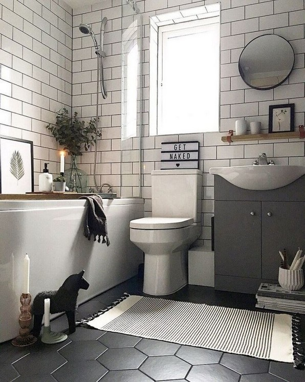 17 Awesome Small Bathroom Tile Ideas 17