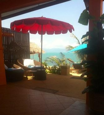 Entrance to Pinnacle Spa, straight off Mae Nam Beach.