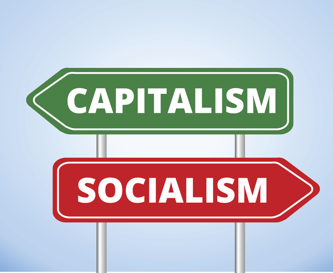 One arrow saying Capitalism and the other saying Socialism pointing in opposite directions
