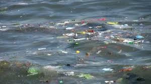 التلوث البحري ببقايا البلاستيك في البحر الأبيض المتوسط