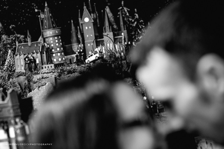 harry potter flying car engagement session photo