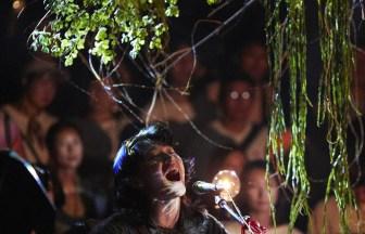 """水曜日のカンパネラのコムアイとオオルタイチの新ユニット""""YAKUSHIMA TREASURE""""が15周年のリキッドルームで初ワンマン"""