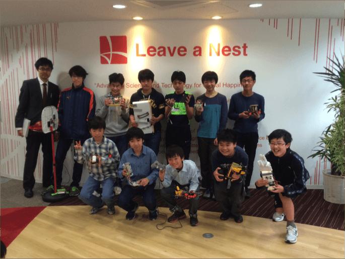 小学生向けロボット教室「ロボティクスラボ」 2014年度卒業制作発表会を実施 2015年度講座を開講、関東・関西・沖縄の3地域へ拡大!