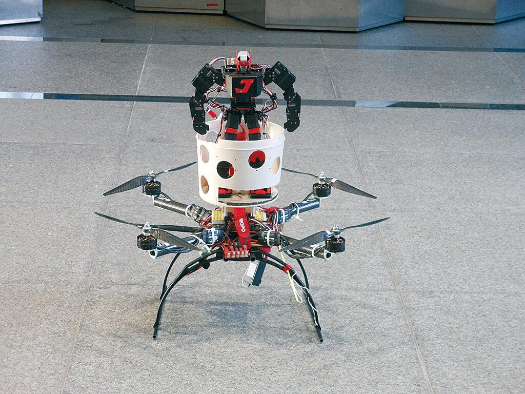 飛行型パーソナルモビリティのモデル