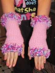 Cuffed Fingerless Gloves - Medium