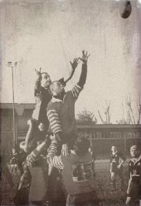 Si narra che la prima Giovani contro Vecchi venne giocata nel 1918
