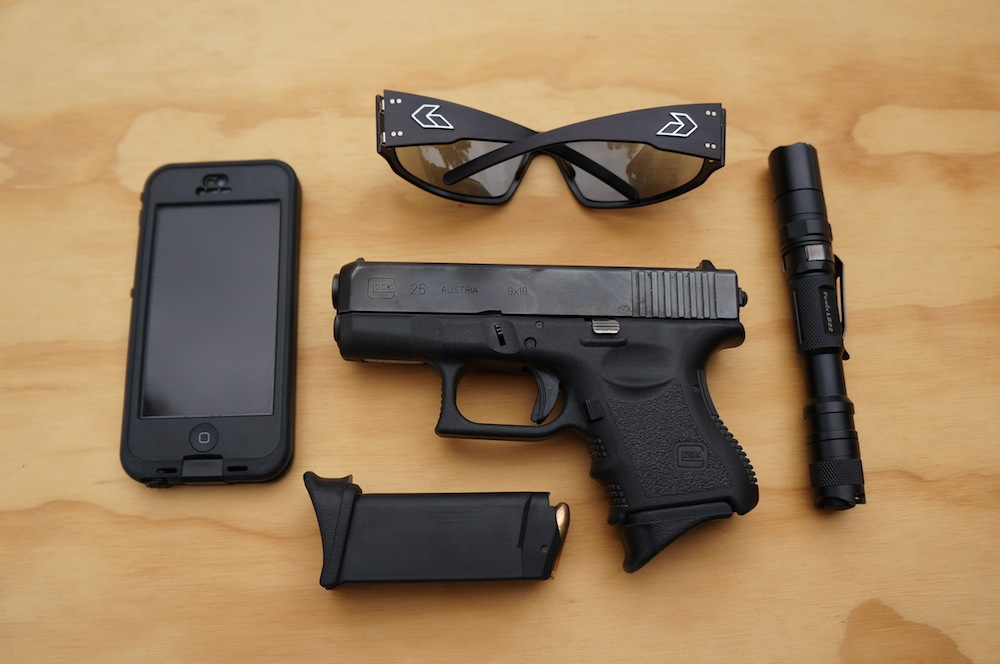Everyday Carry: The basics by former Navy SEAL, Eric Davis | The
