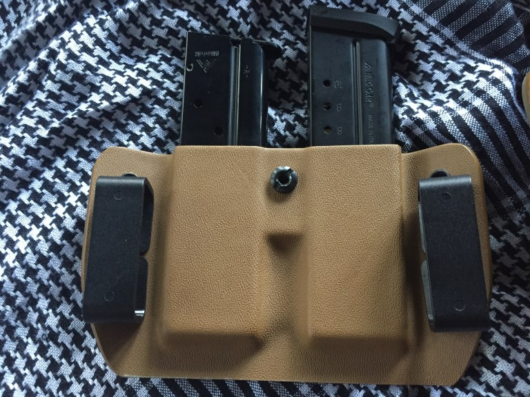 PRODUCT REVIEW: OSCAR DELTA HOLSTER FROM SQUARED AWAY HOLSTERS